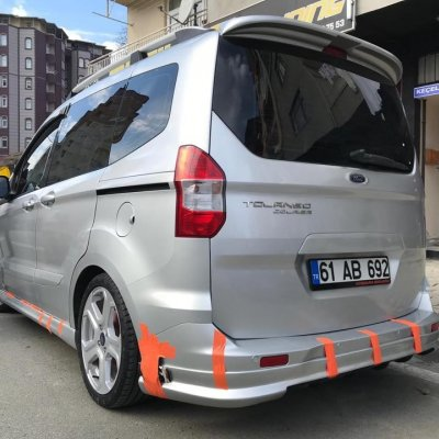 Ford Tourneo Courier Spoiler (Fiber)